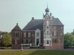 een-van-de-vele-kastelen-in-Gelderland
